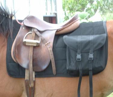 R9 Custom Horse, Maverick Saddle Pads